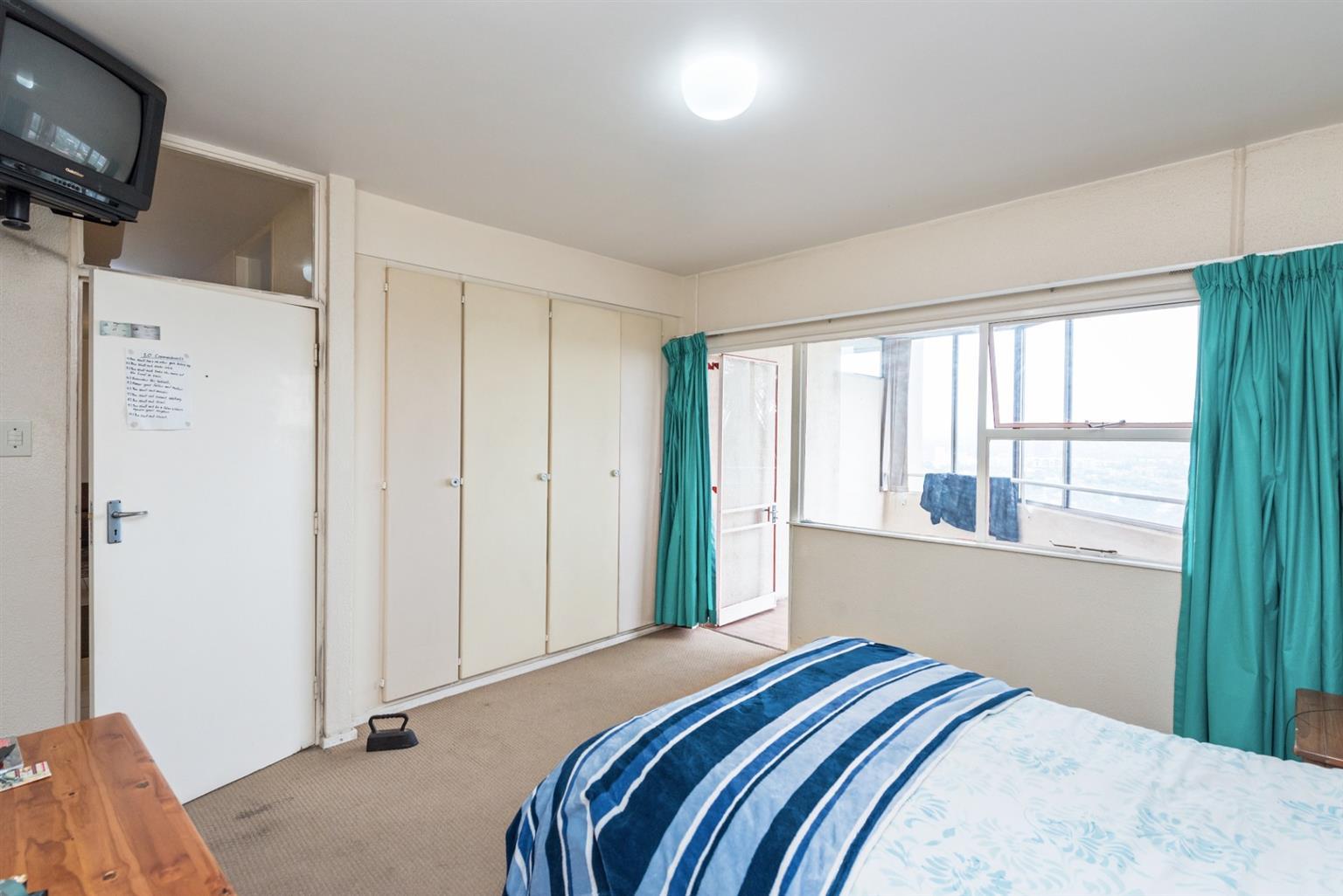 Apartment For Sale in Primrose Hill