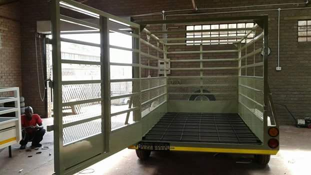4m Cattle trailers for sale