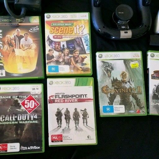 Xbox 360 20gb white with 1 free game of your choice