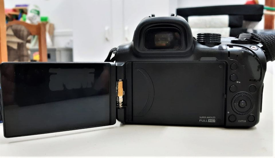 Samsung NX 30 Camera