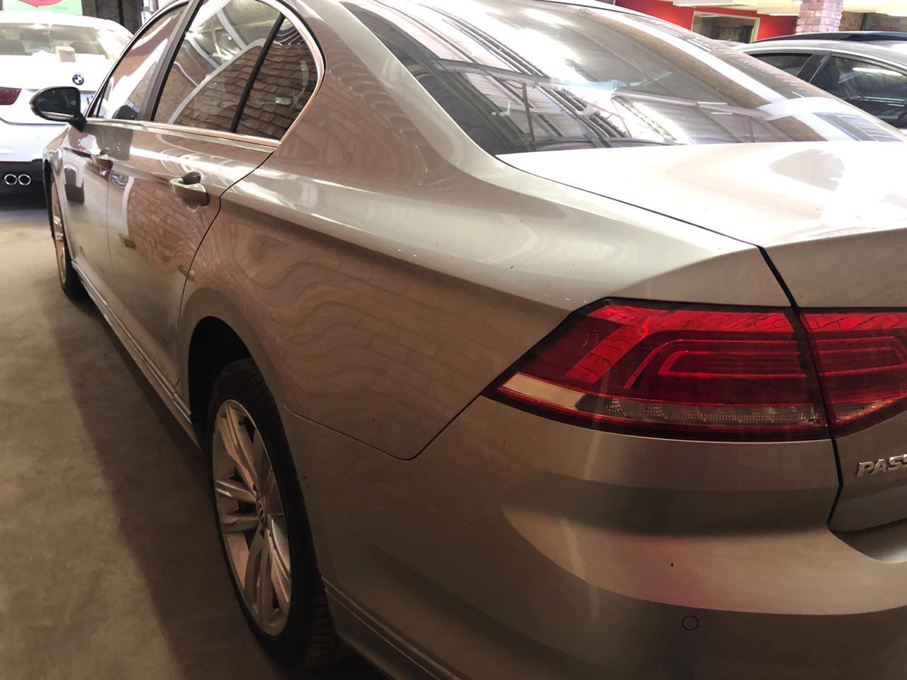 2017 VW Passat 2.0TDI Luxury R Line