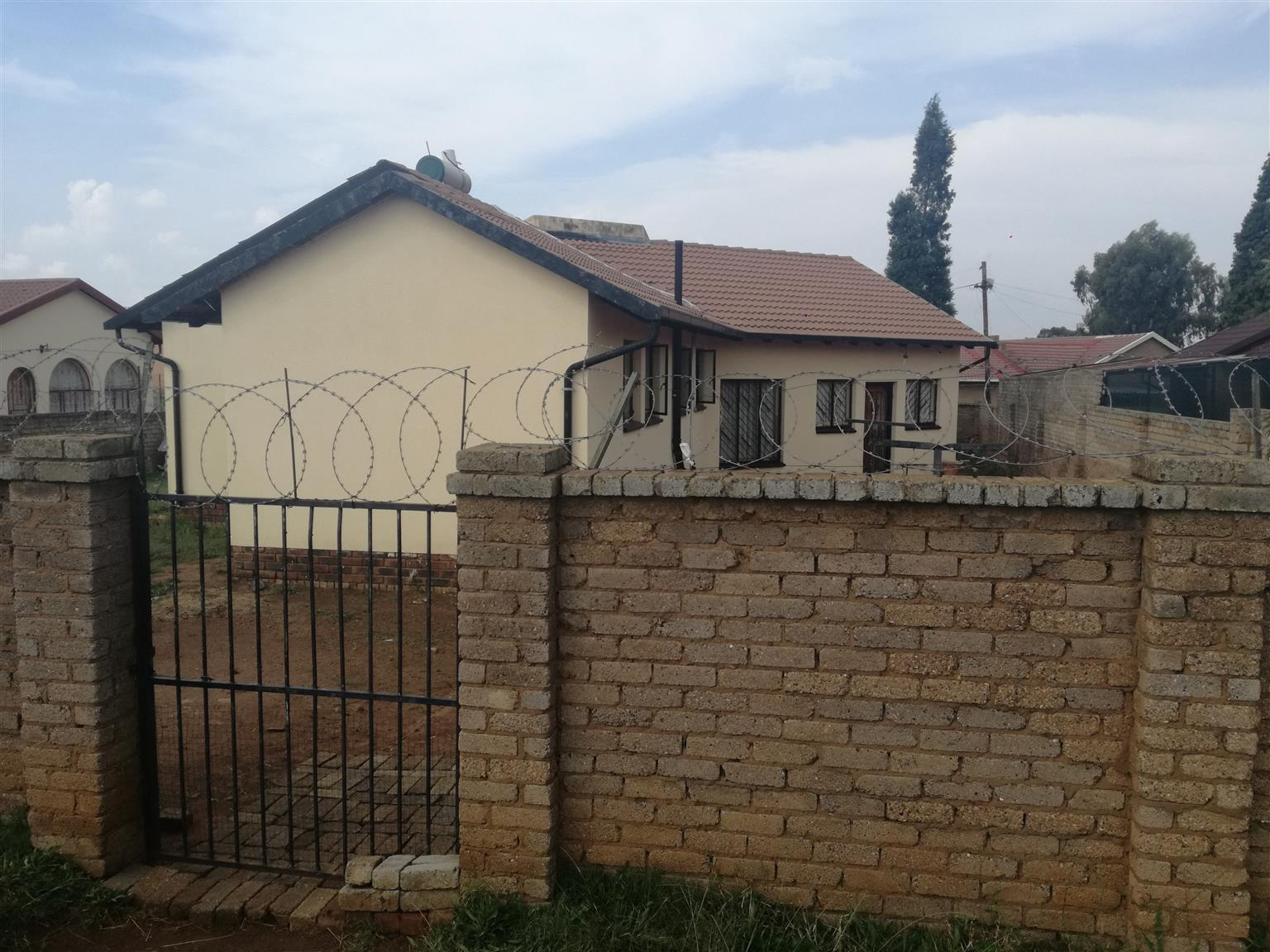 House for SALE - MID - ENNERDALE