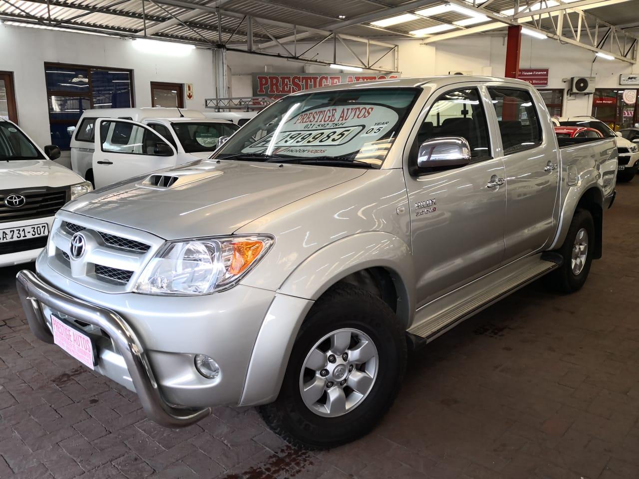 Kelebihan Toyota Hilux 2005 Harga