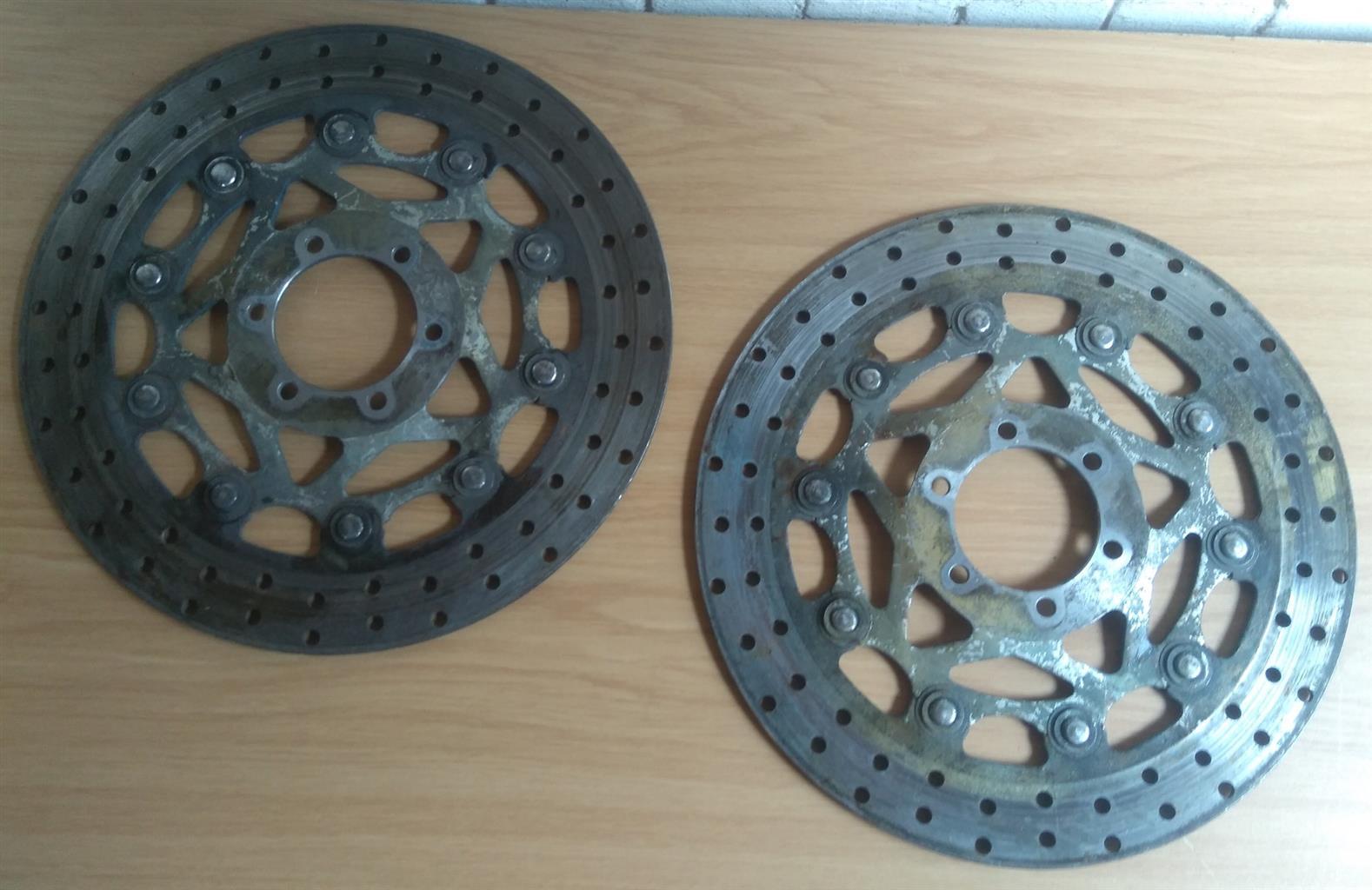 Yamaha FZR1000 Spare Parts Available