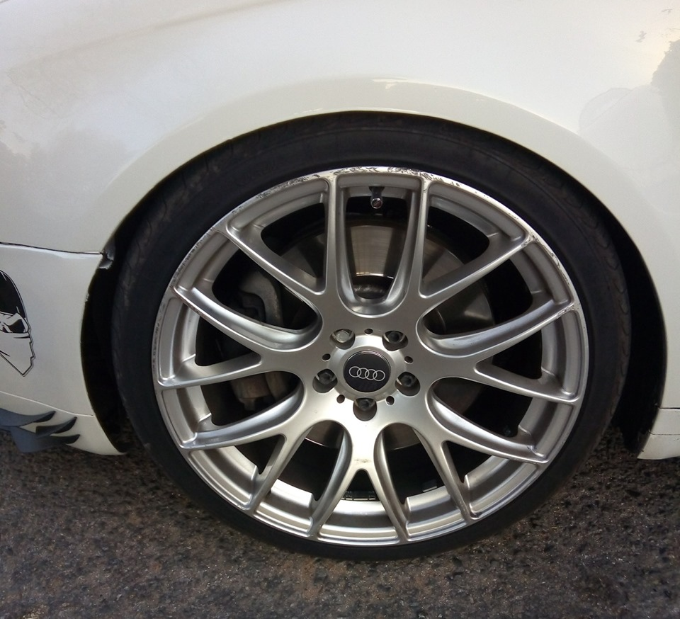 19 Inch Alloy Mags and tyres
