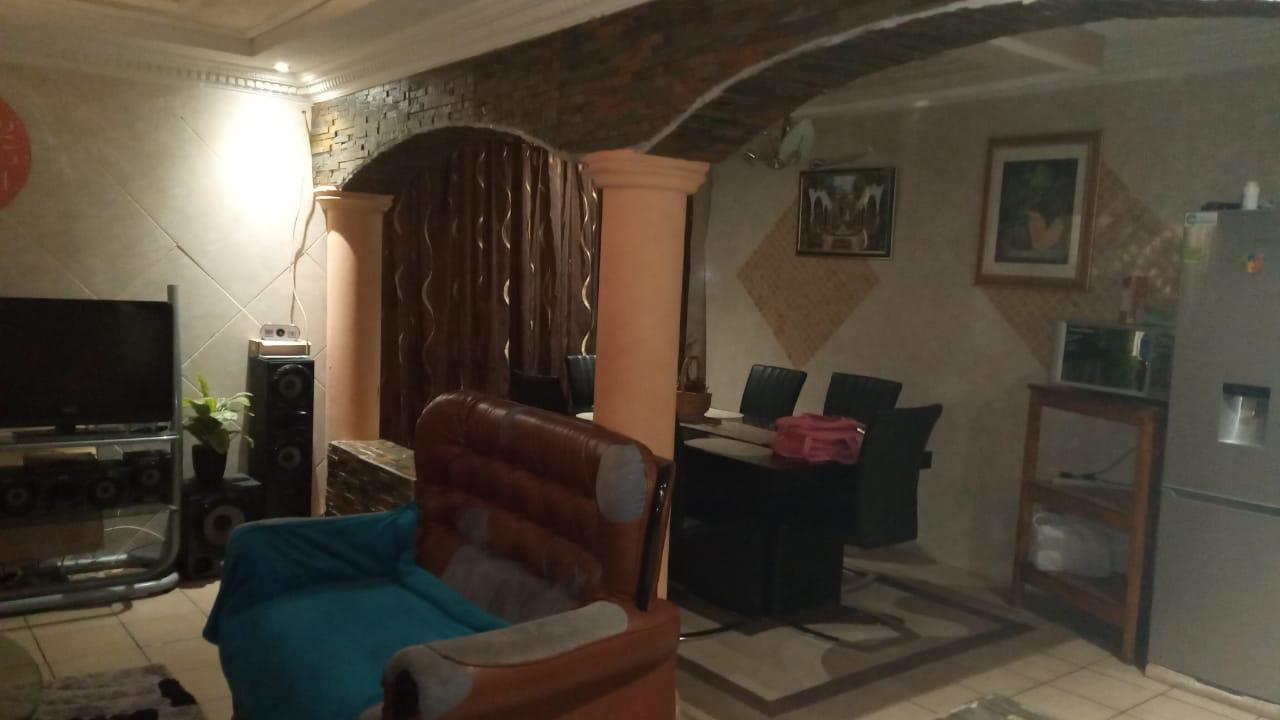 HOUSE FOR SALE IN PRETORIA WEST DANVILLE