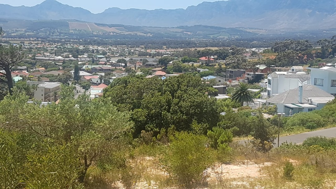 Vacant Land Residential For Sale in Gordons Bay Village