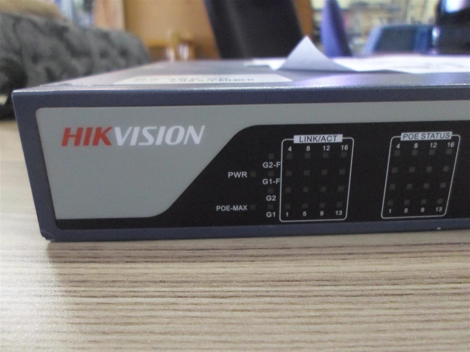 Hikivision 16-Port 100 MBPS