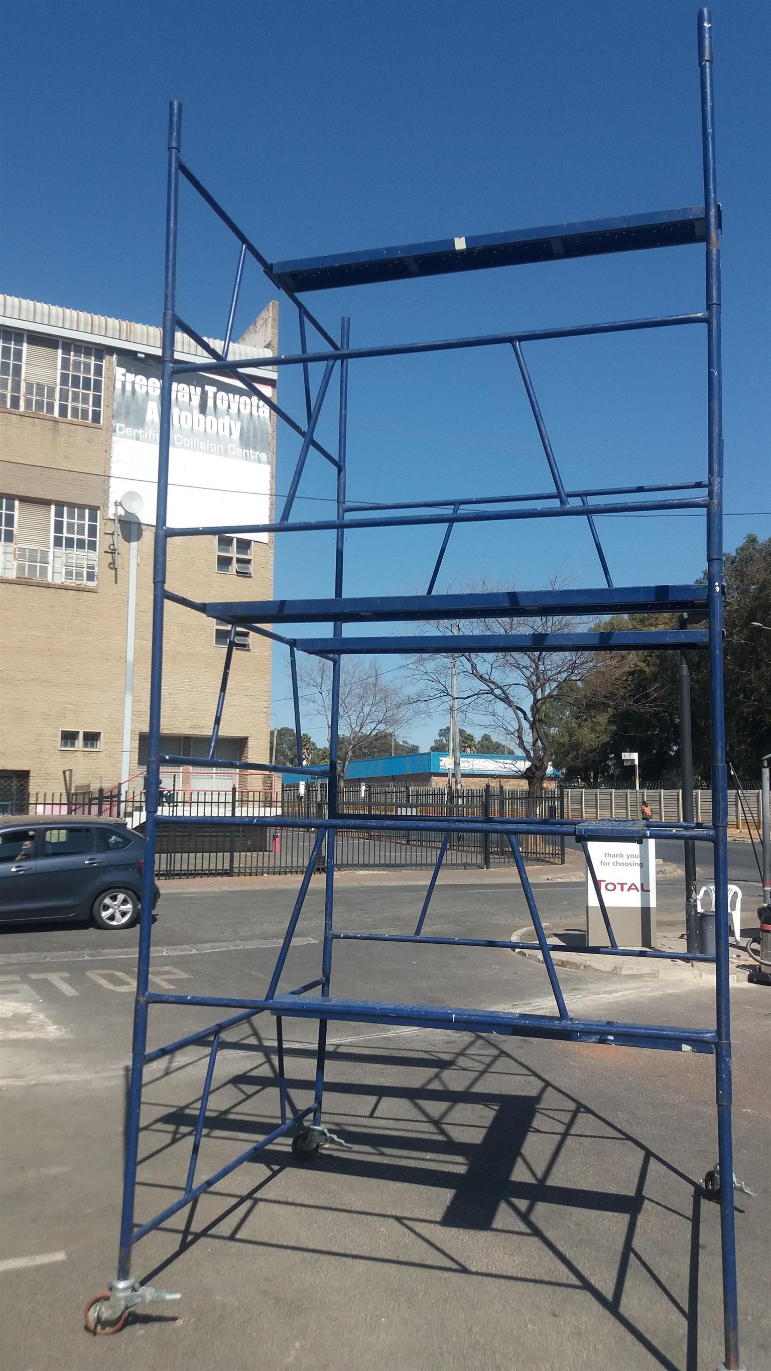 Steel Self Lock Scaffold Tower.