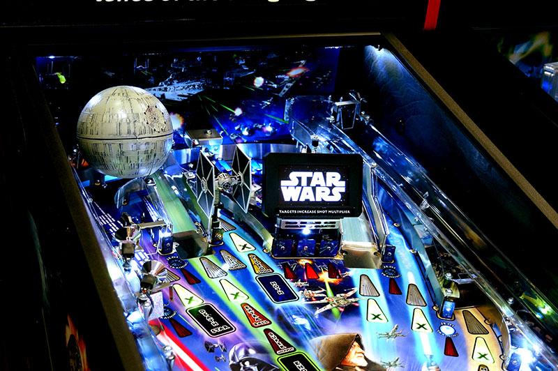 Star Wars Pro Pinball Machine by Stern NEW
