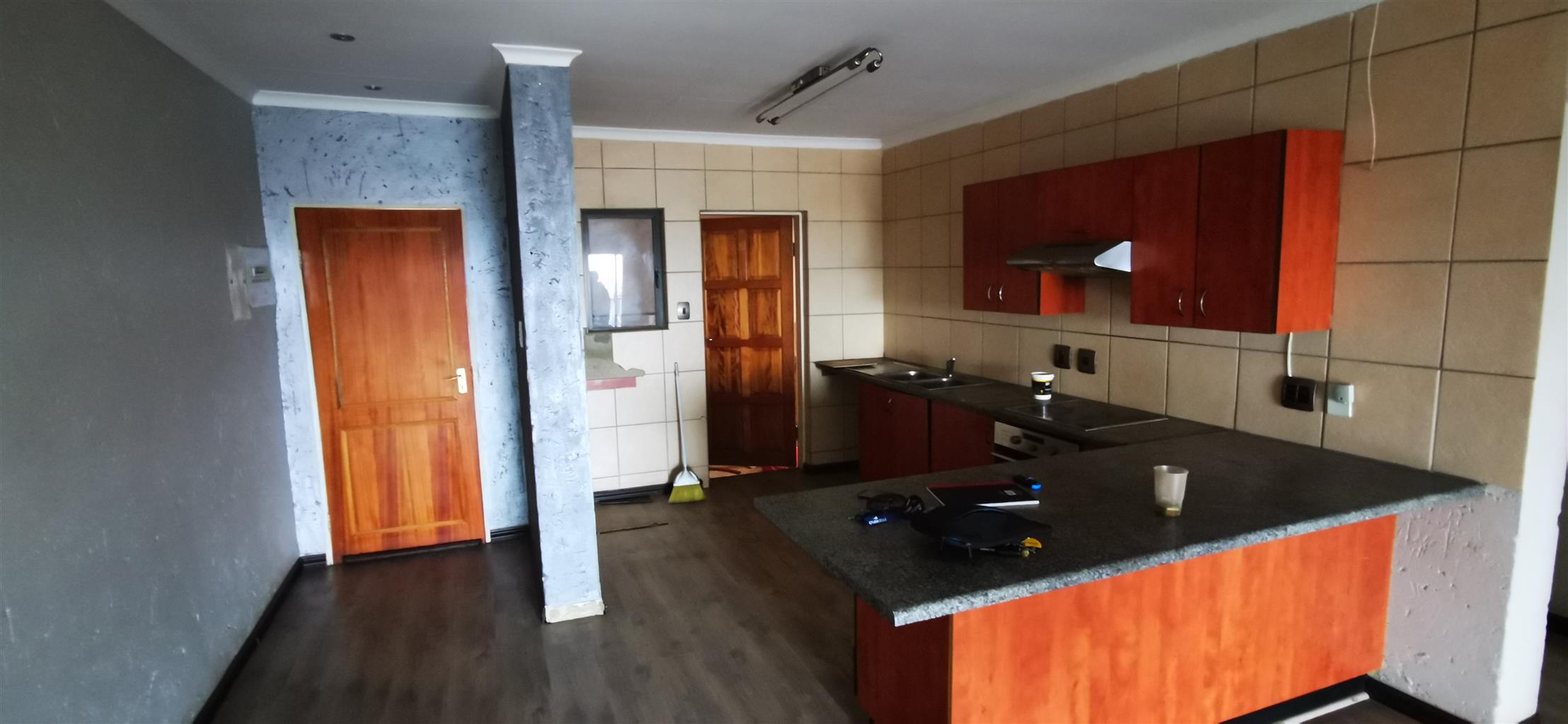 Spacious, Sunny 2 bed 2 bath Just minutes away from the Northgate Shopping  Centre | Junk Mail