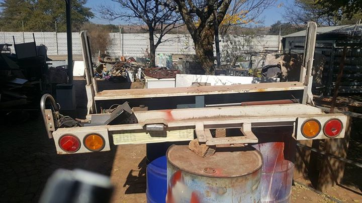 Hydraulic Tail Lift for sale!!  R4000
