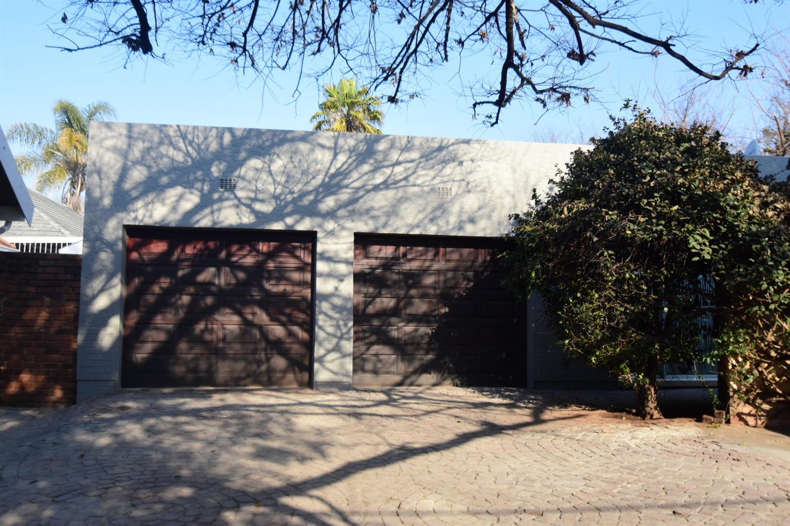 House For Sale in Franklin Roosevelt Park