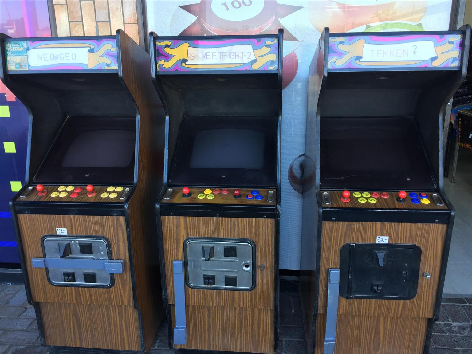 Arcade Old School Single Game Coin Operated Junk Mail