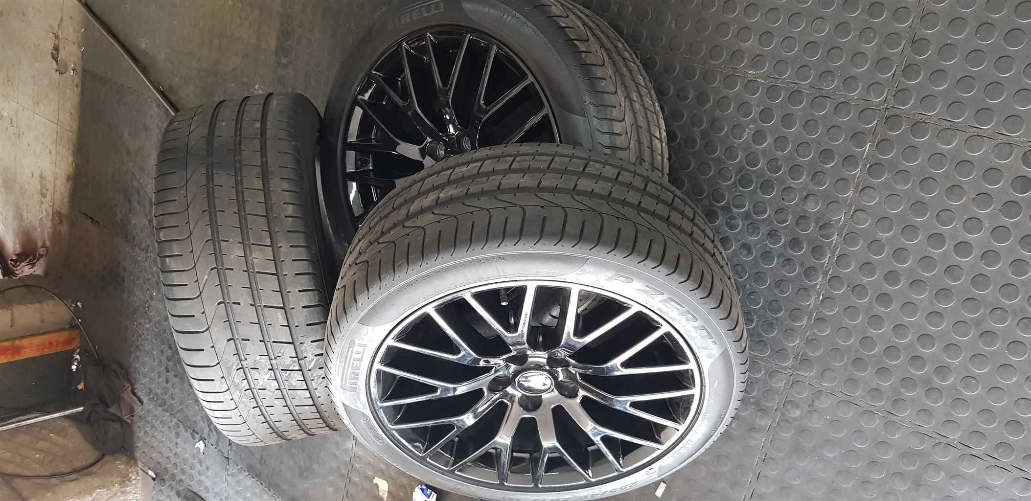 Ford mustang mags and tires