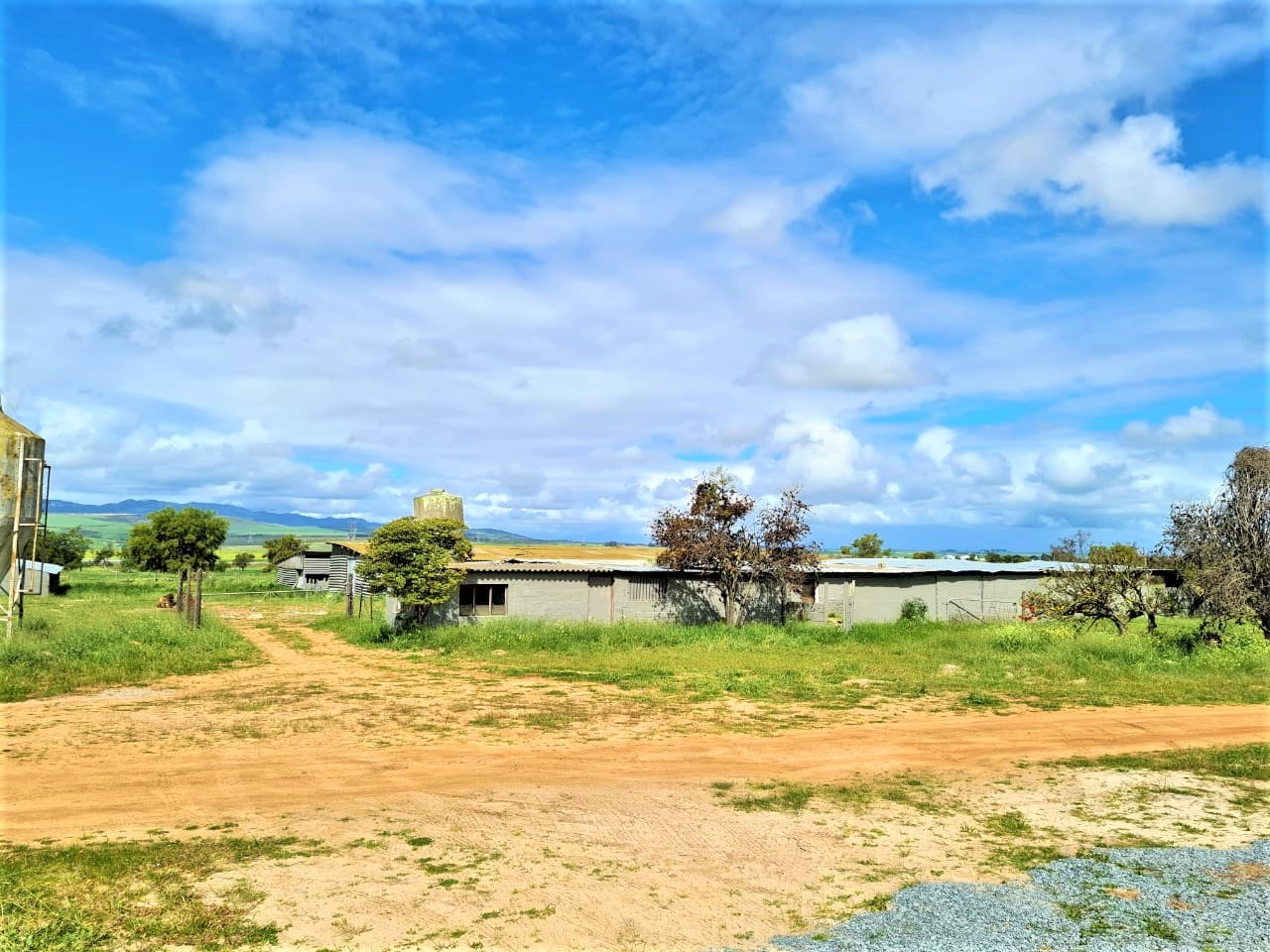 Small Holding For Sale in Malmesbury Rural