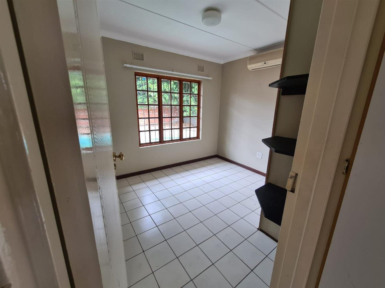 Flat Rental Monthly in ARBORETUM
