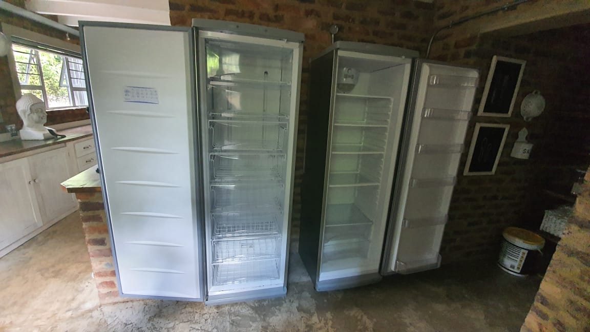 Defy - upright Refrigerator & Freezer - Silver