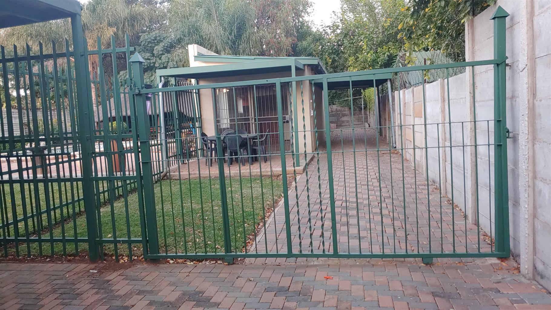 1Bedroom garden flat