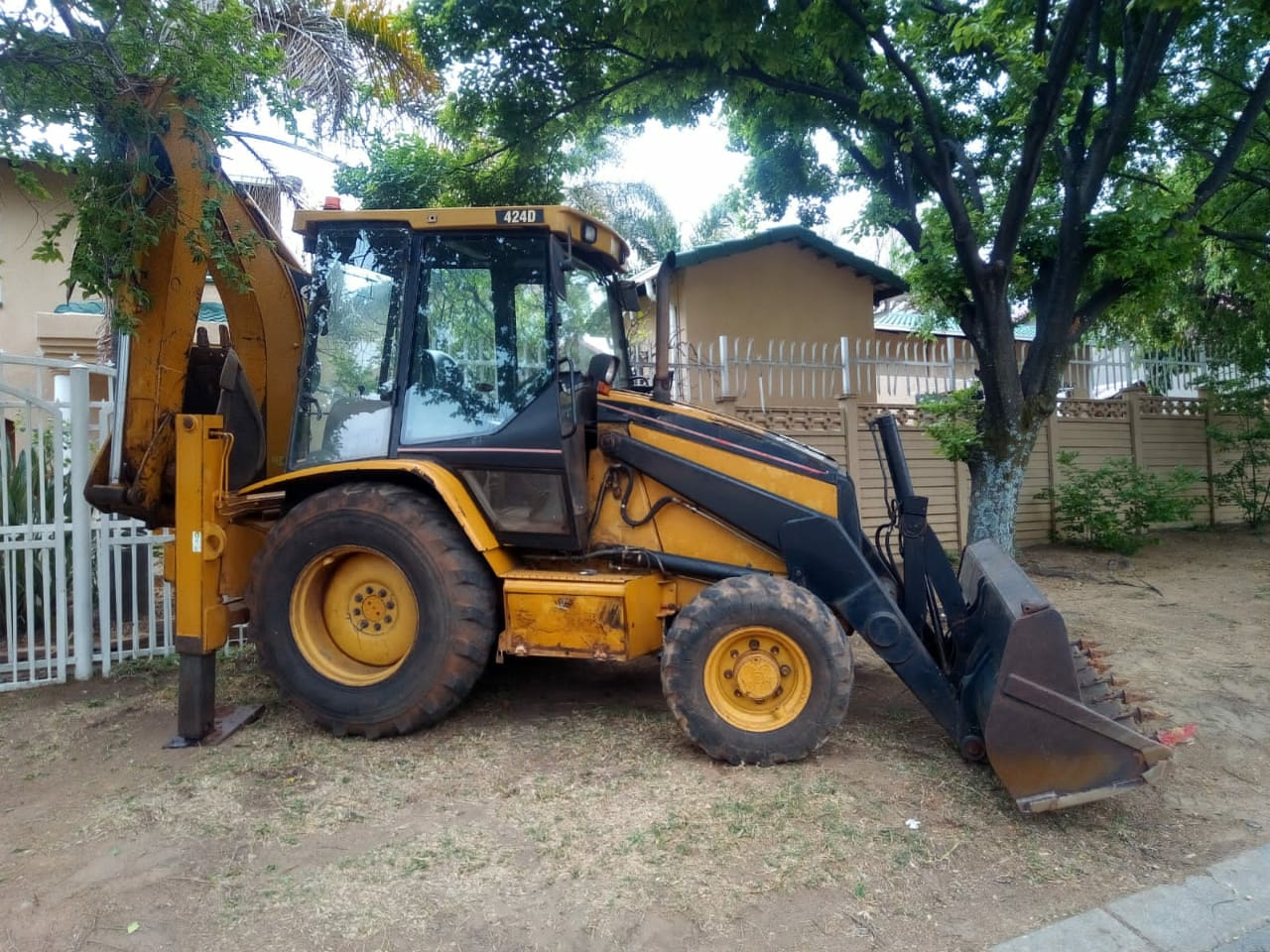 CAT 424D 4X4 TLB FOR SALE