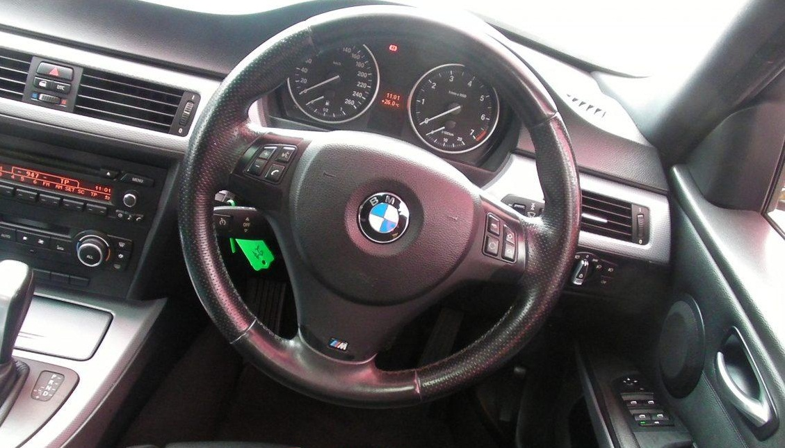 2010 BMW 3 Series 323i M Sport