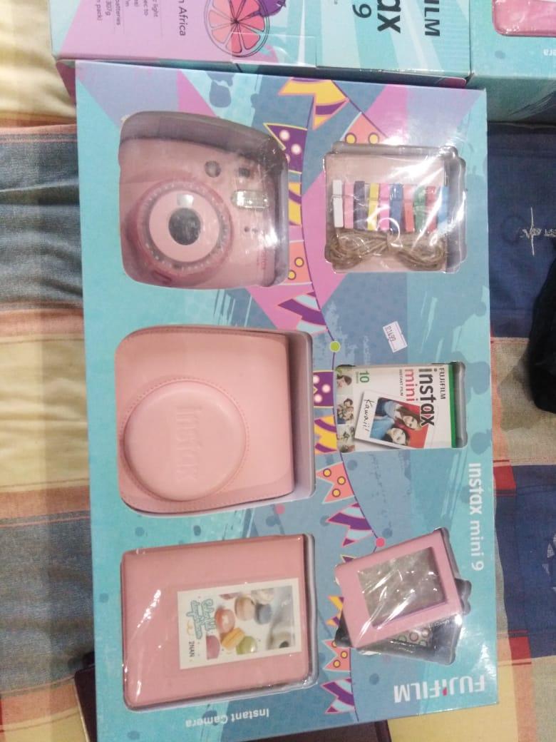 Fuji film instax mini 9 complete set brand new for sale