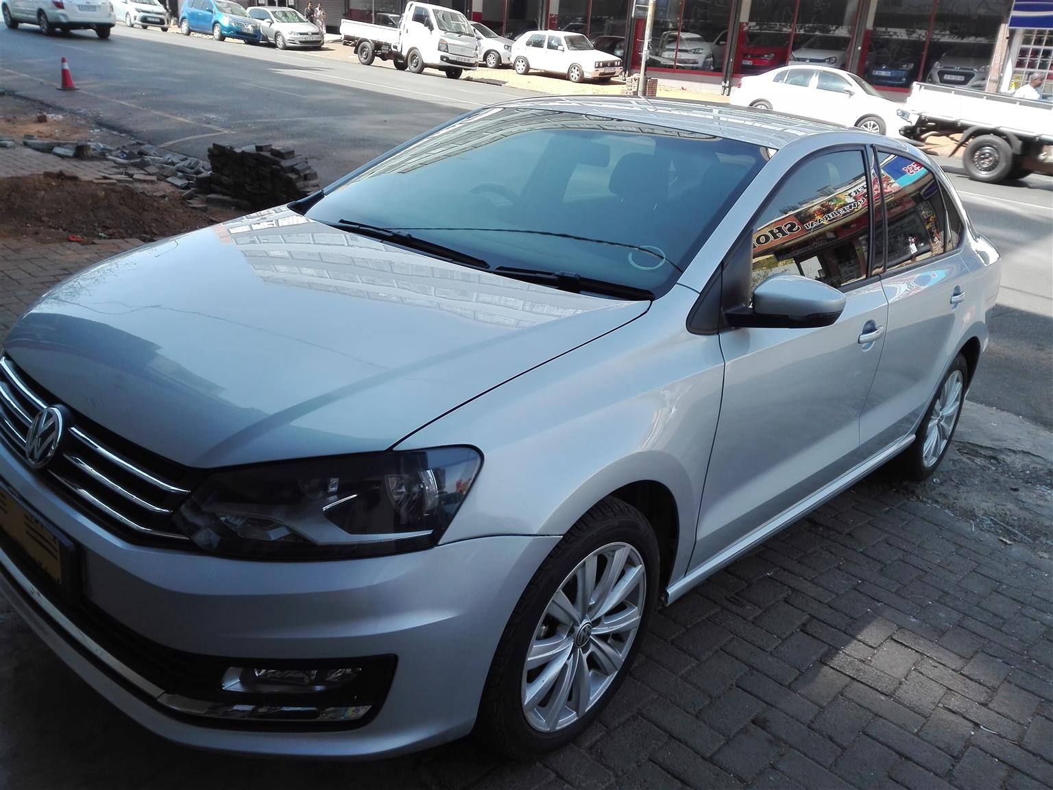 2016 VW Polo sedan POLO GP 1.6 COMFORTLINE TIP