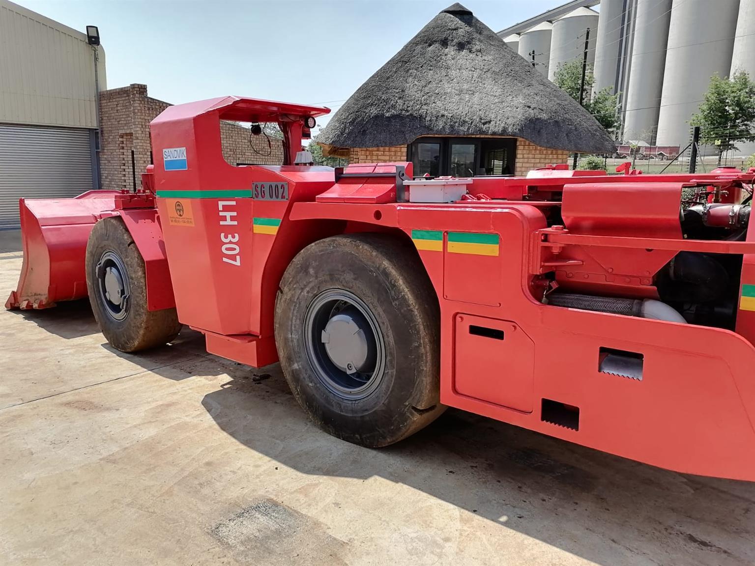 Sandvik LH307 LHD ready to work