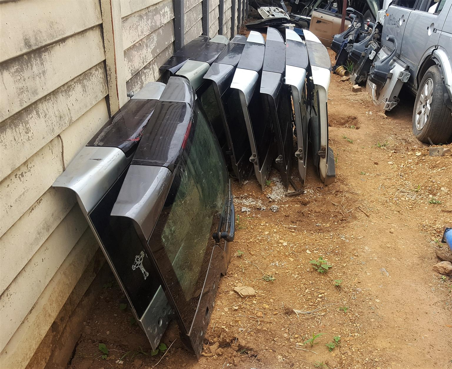 Upper Tail Doors for Discovery 3/4 for sale | Auto EZI