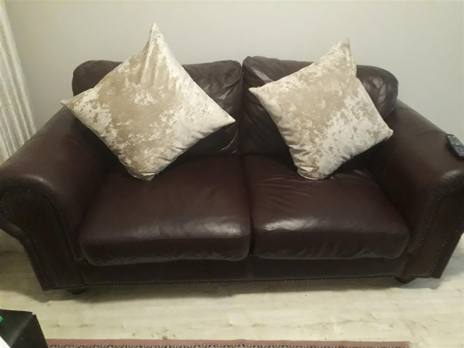 Guinen Leather Sofa forsale