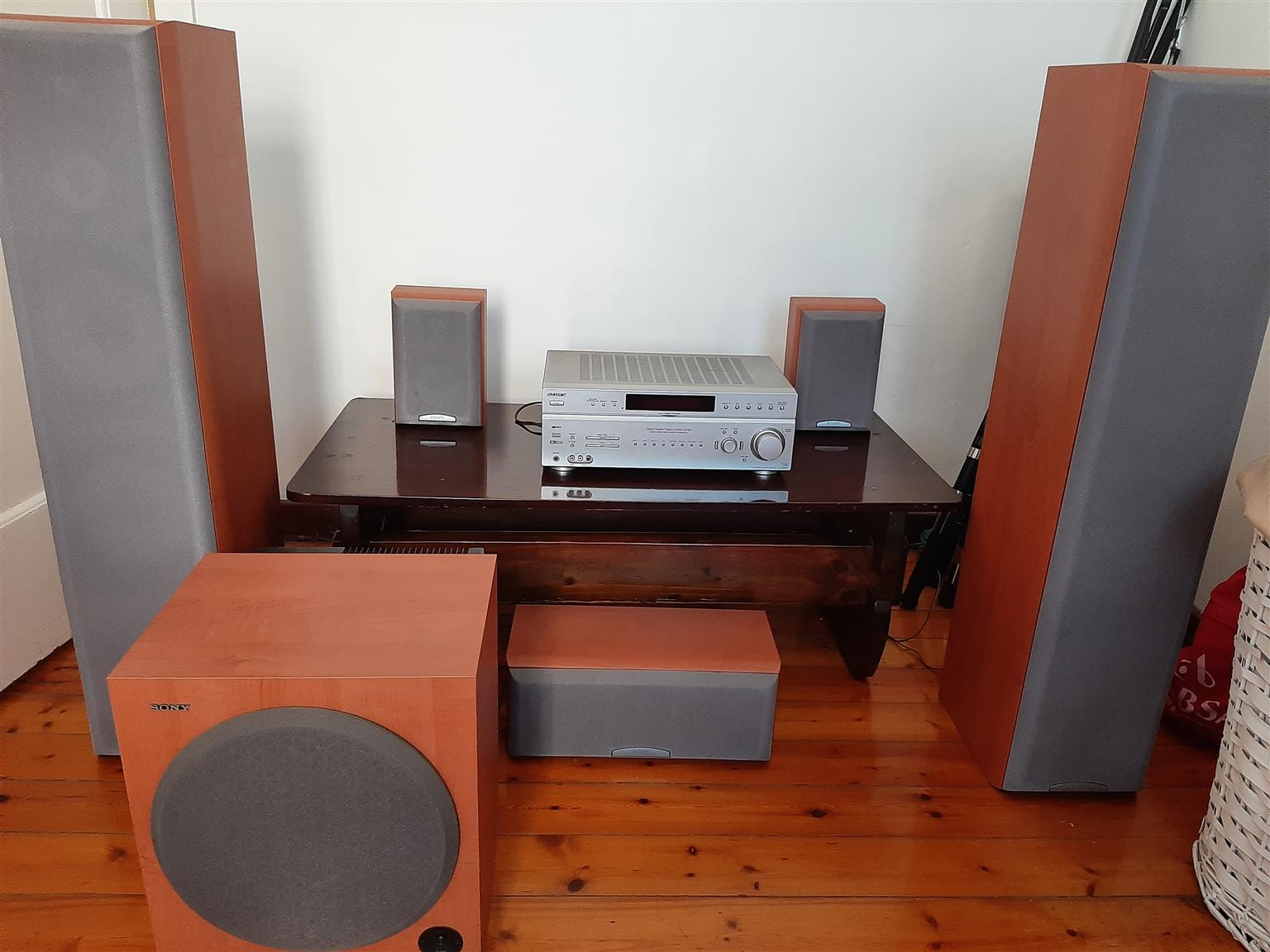 Getting rid of my Sony home theatre system.Speakers are in excellent condition