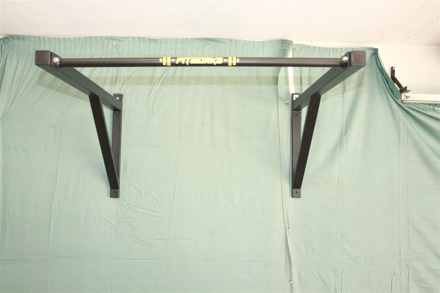 Gym equipment - PULL UP BAR