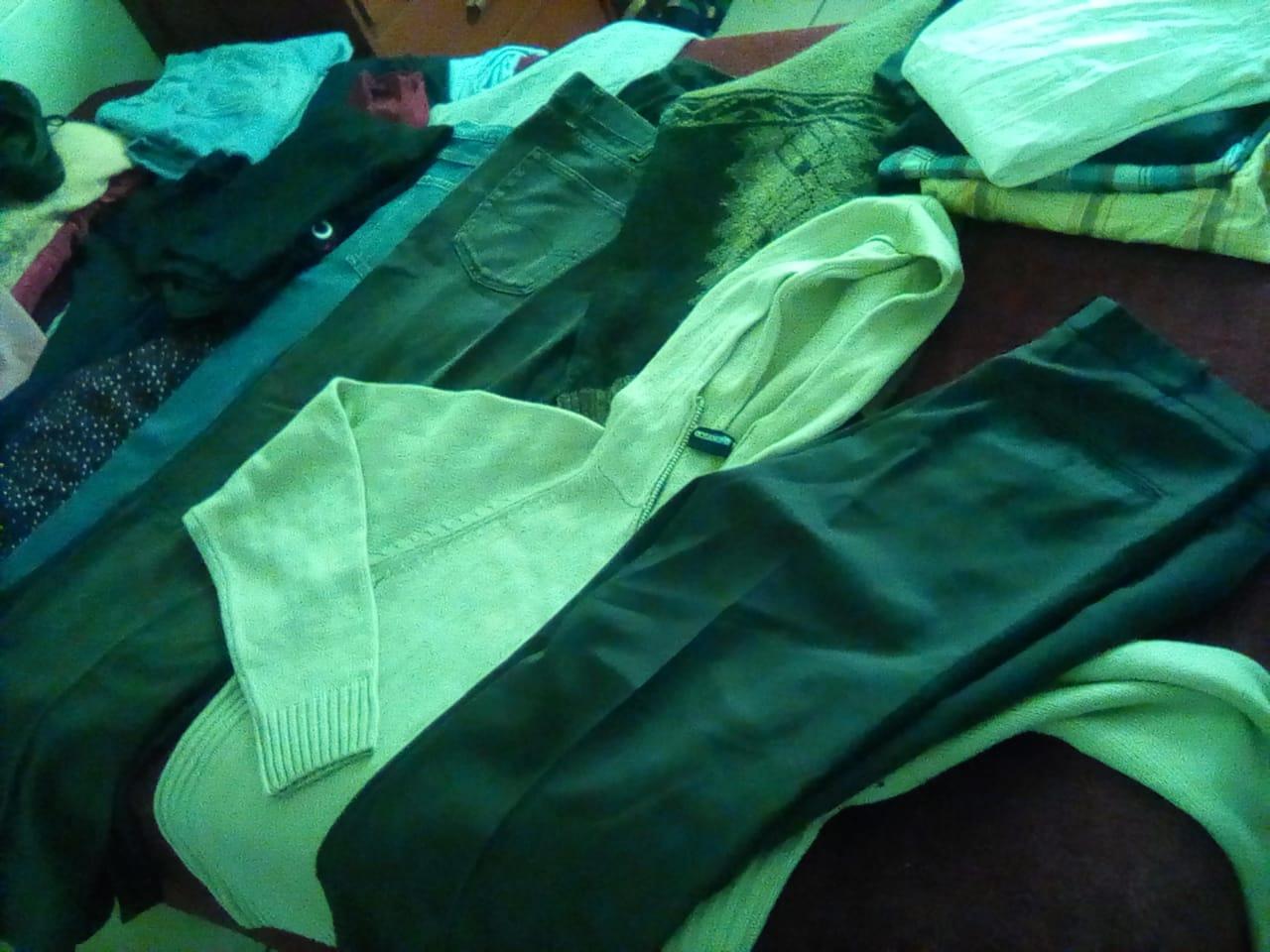 30 Clothing Items, Mixed
