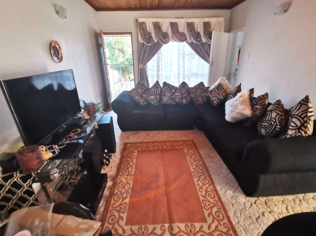 1 Big Bedroom Cottage for rent in the Florida area, near the Superspar