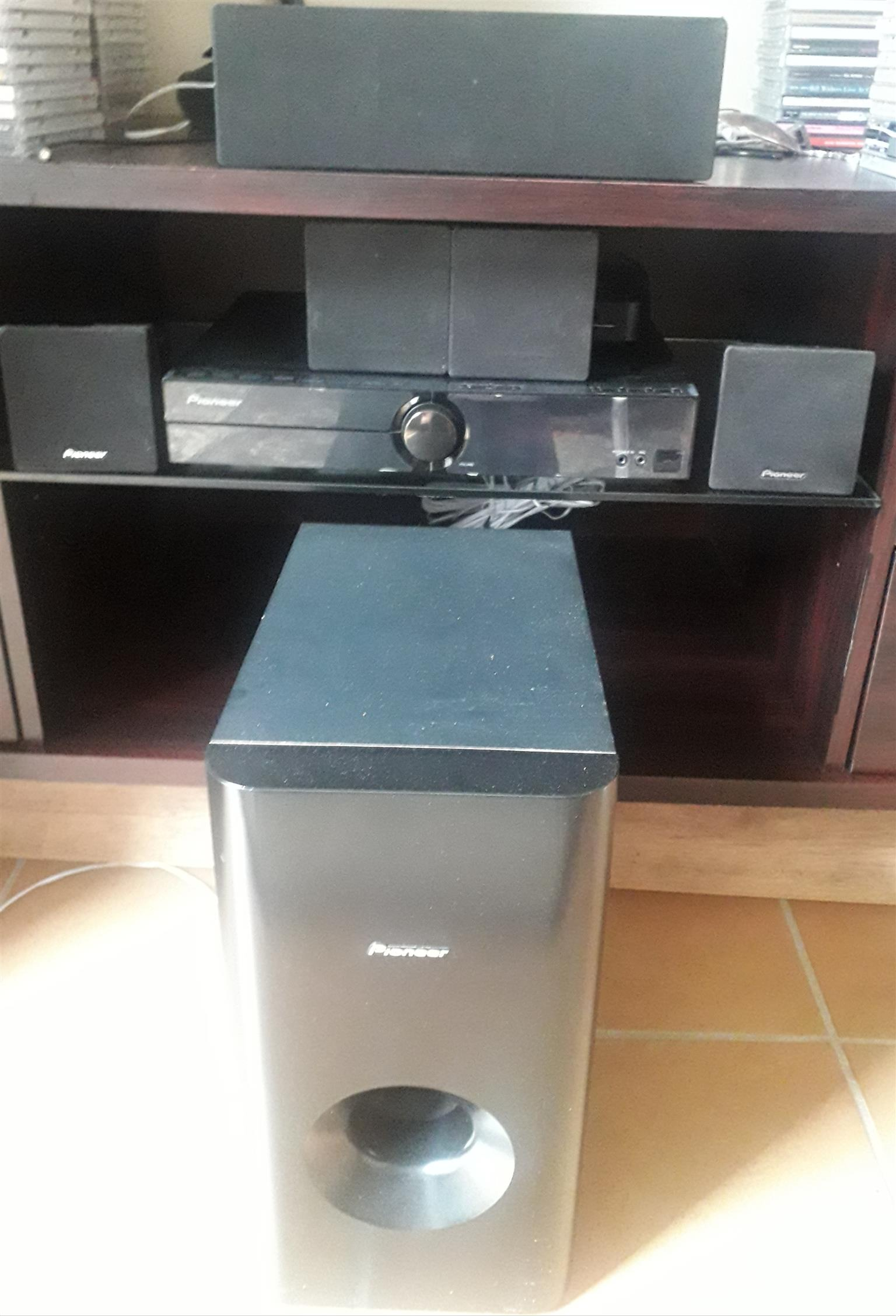 Pioneer DVD Surround system