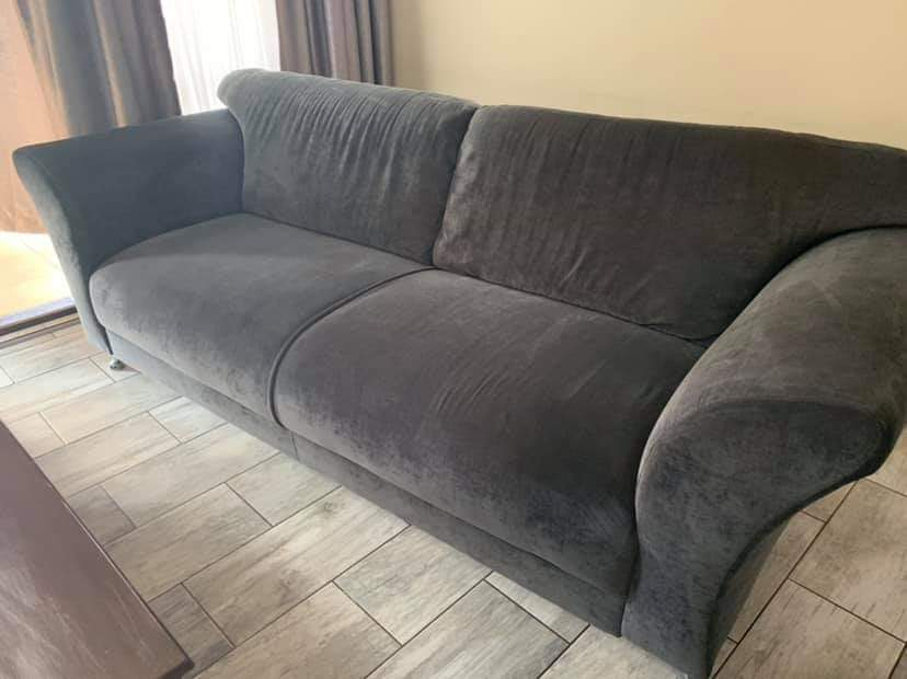 2x large couches