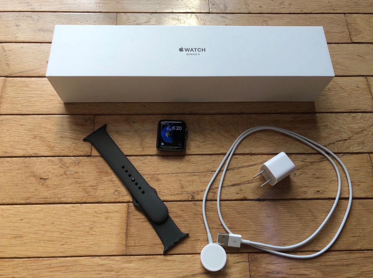 Apple Watch Series 3 42mm Smartwatch Gps Aluminum Case Sport Band Smart