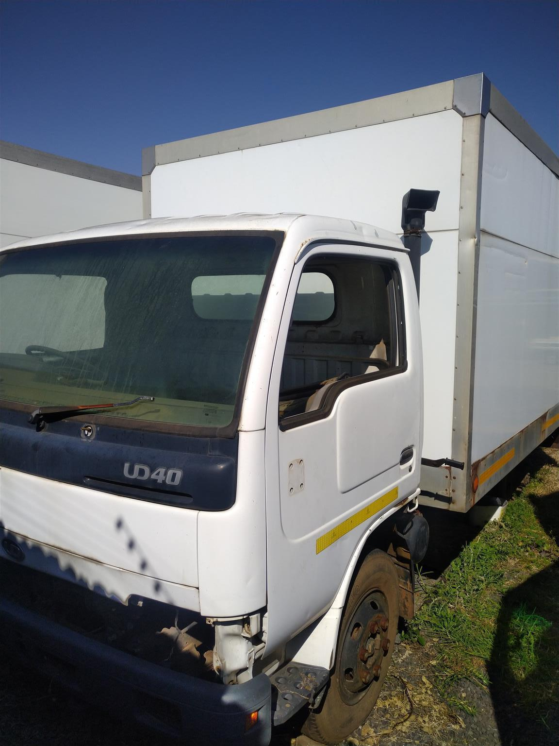 Nissan UD 40 stripping for spares