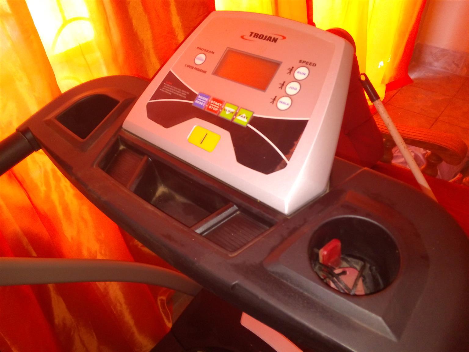Trojan Marathon 210 Treadmill for sale. R3000 neg