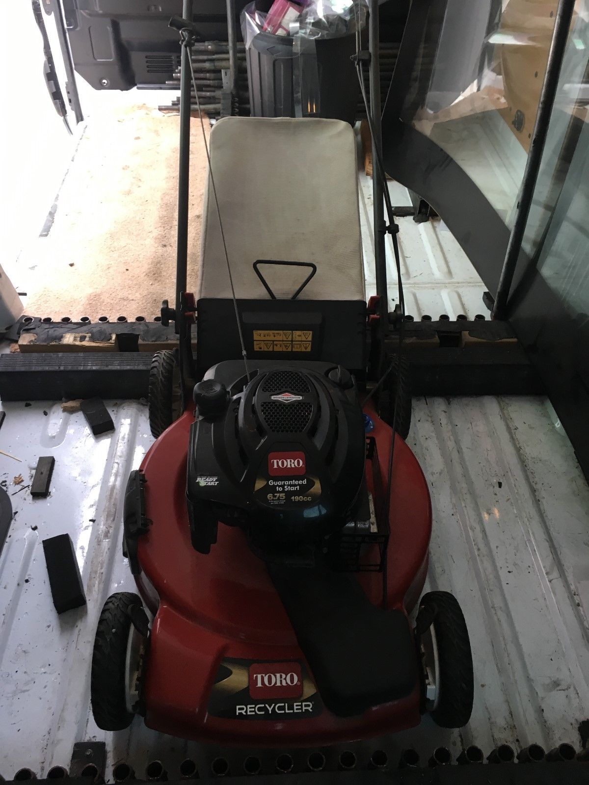 Self propelled 4 stroke lawn mower for sale