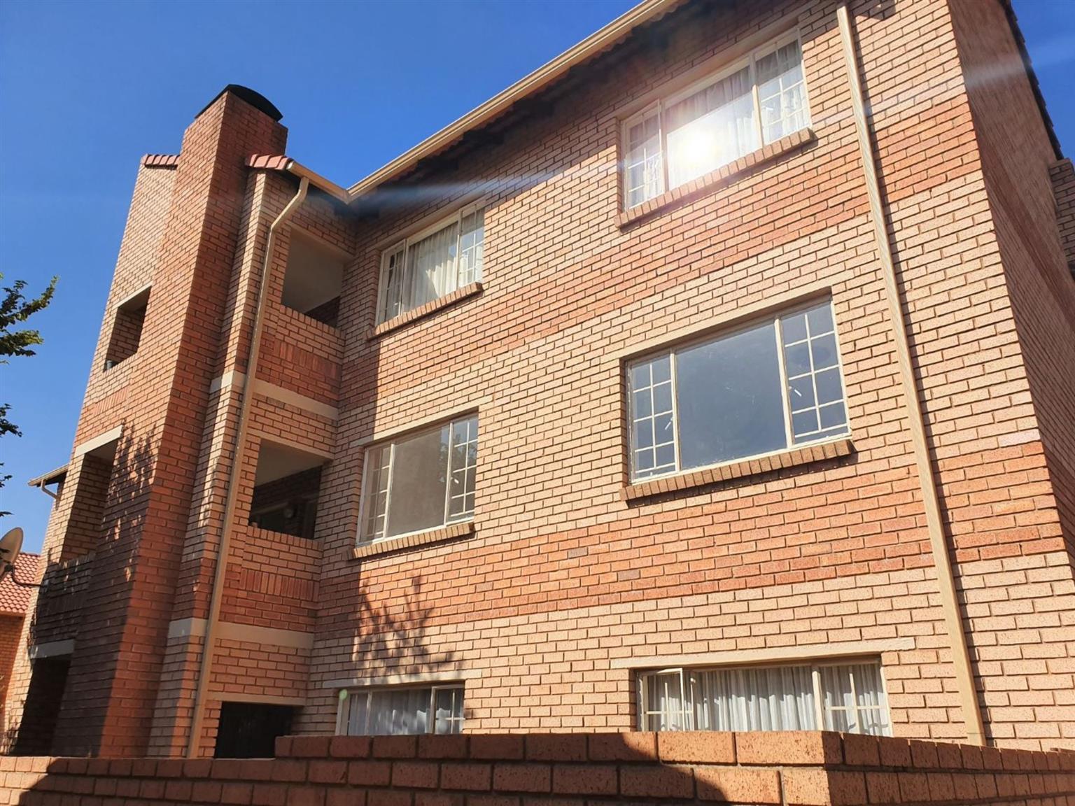 Townhouse Rental Monthly in Hazeldean