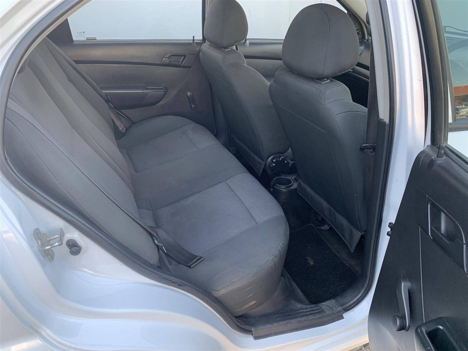 2015 Chevrolet Aveo 1.6 LS sedan