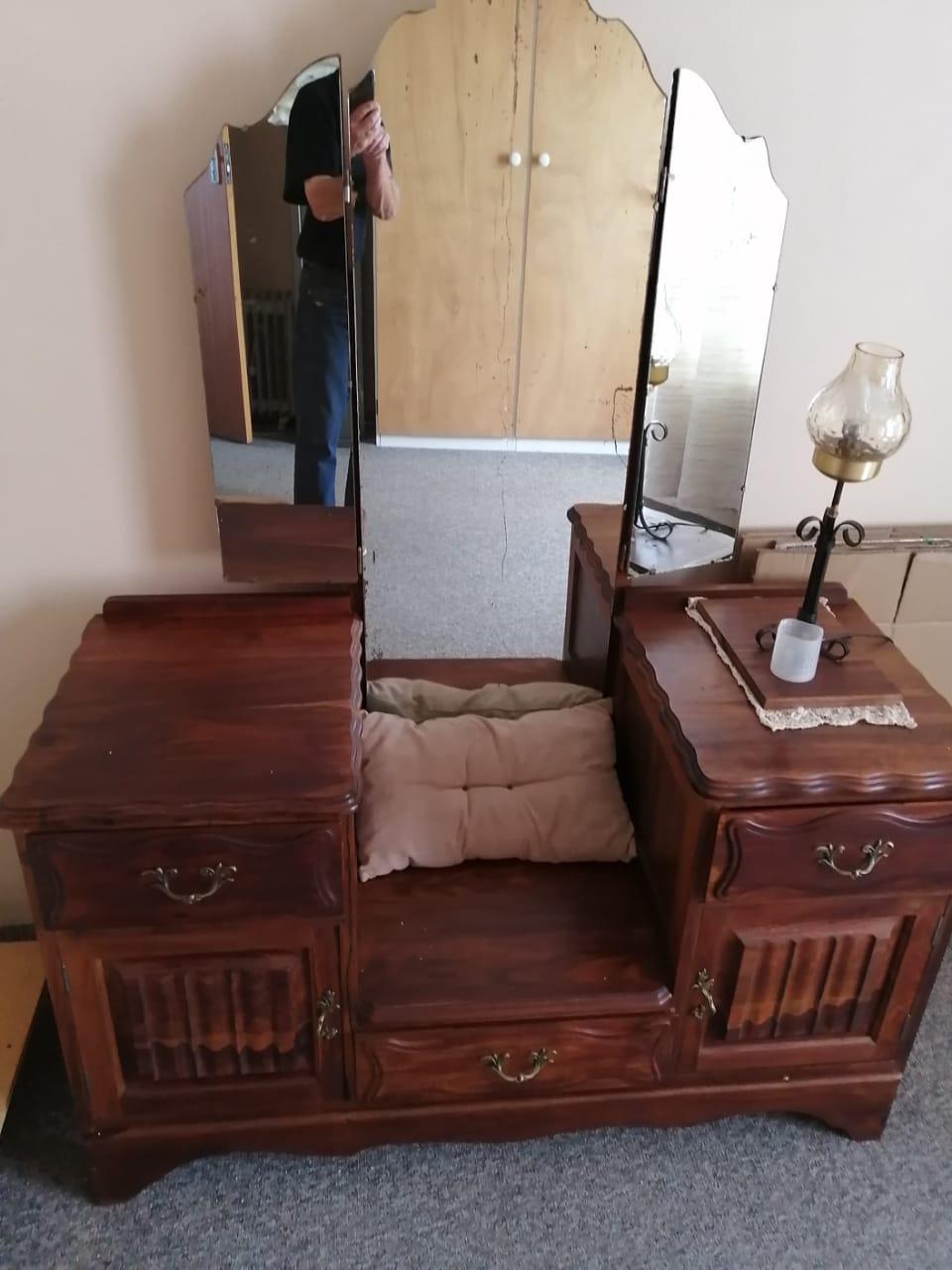 imbuia bedroom mirror cupboard