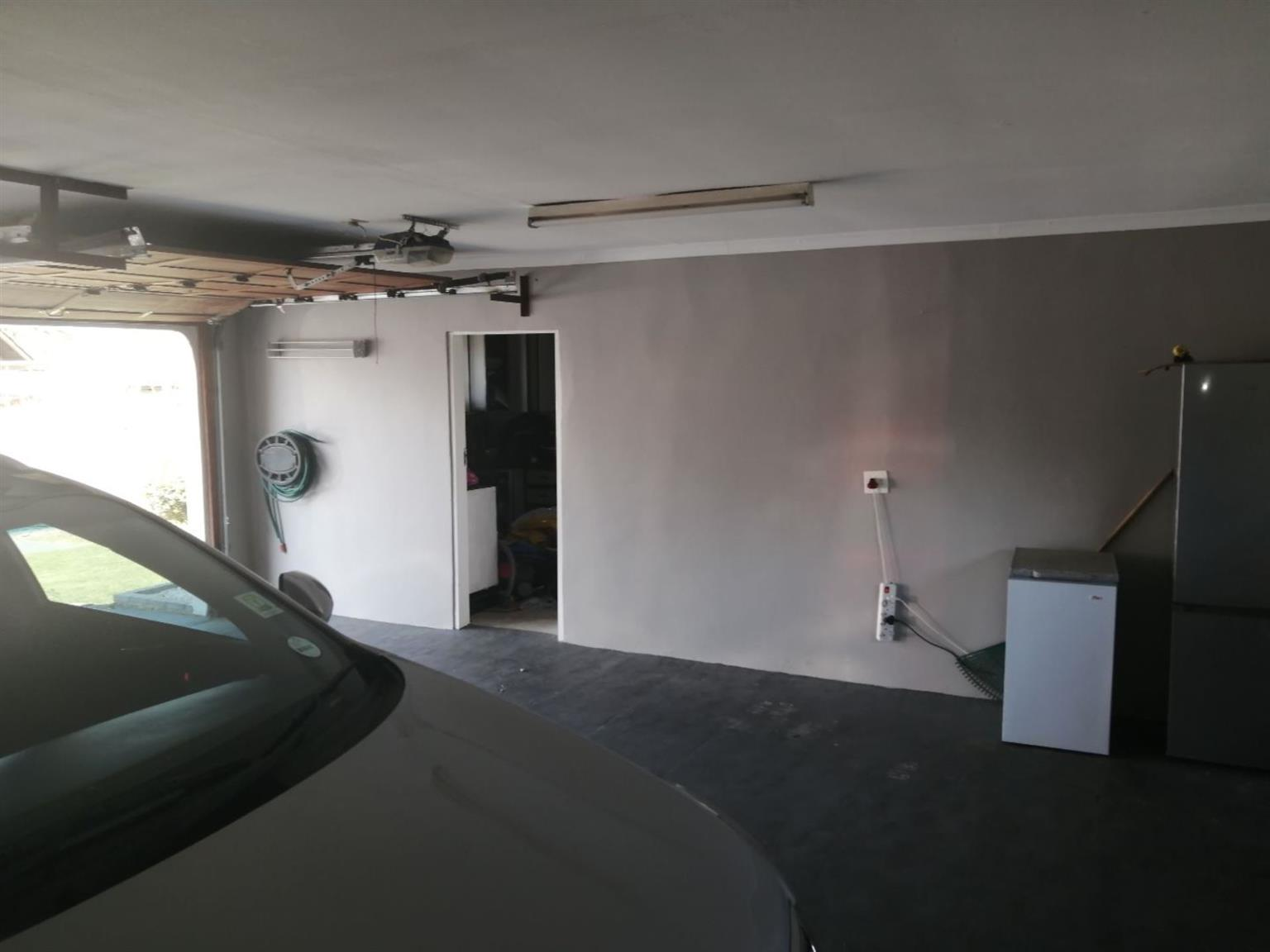 House For Sale in ILLIONDALE