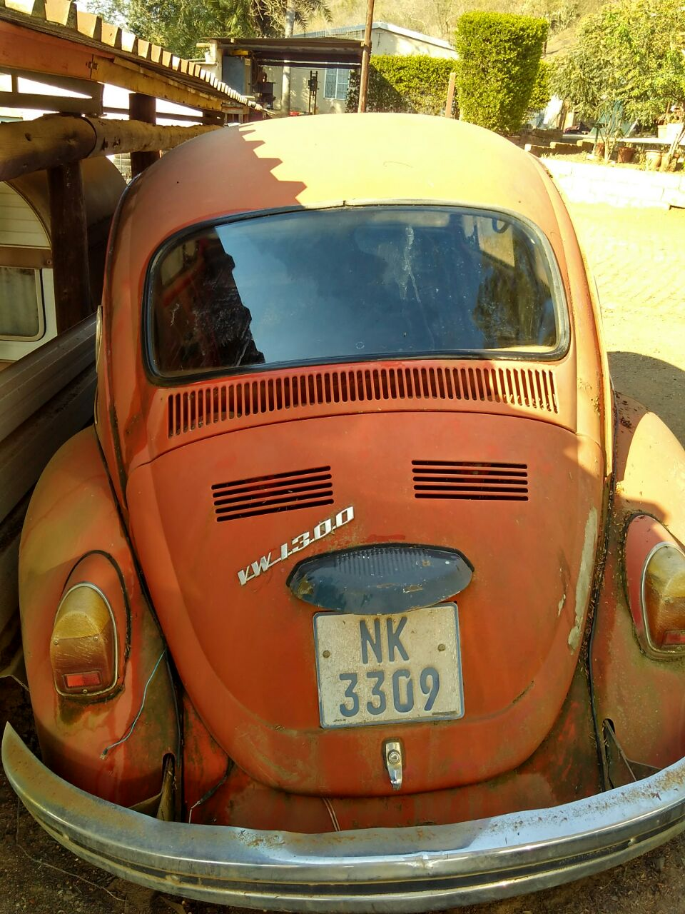 VW Beetle stripping for spares 1972