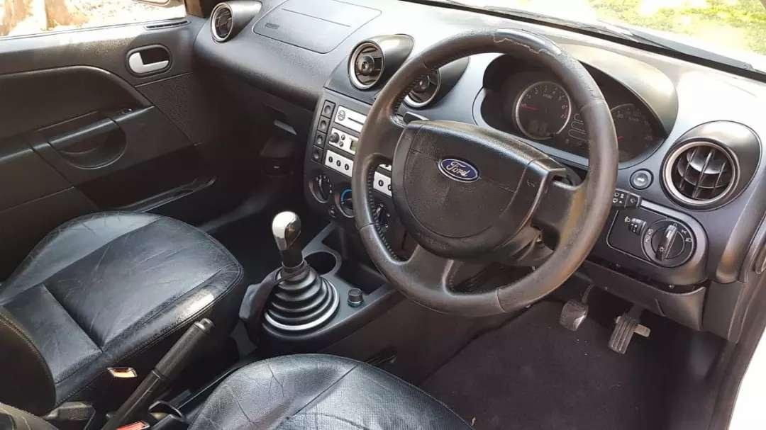 2005 Ford Fiesta 1.6 5 door Trend