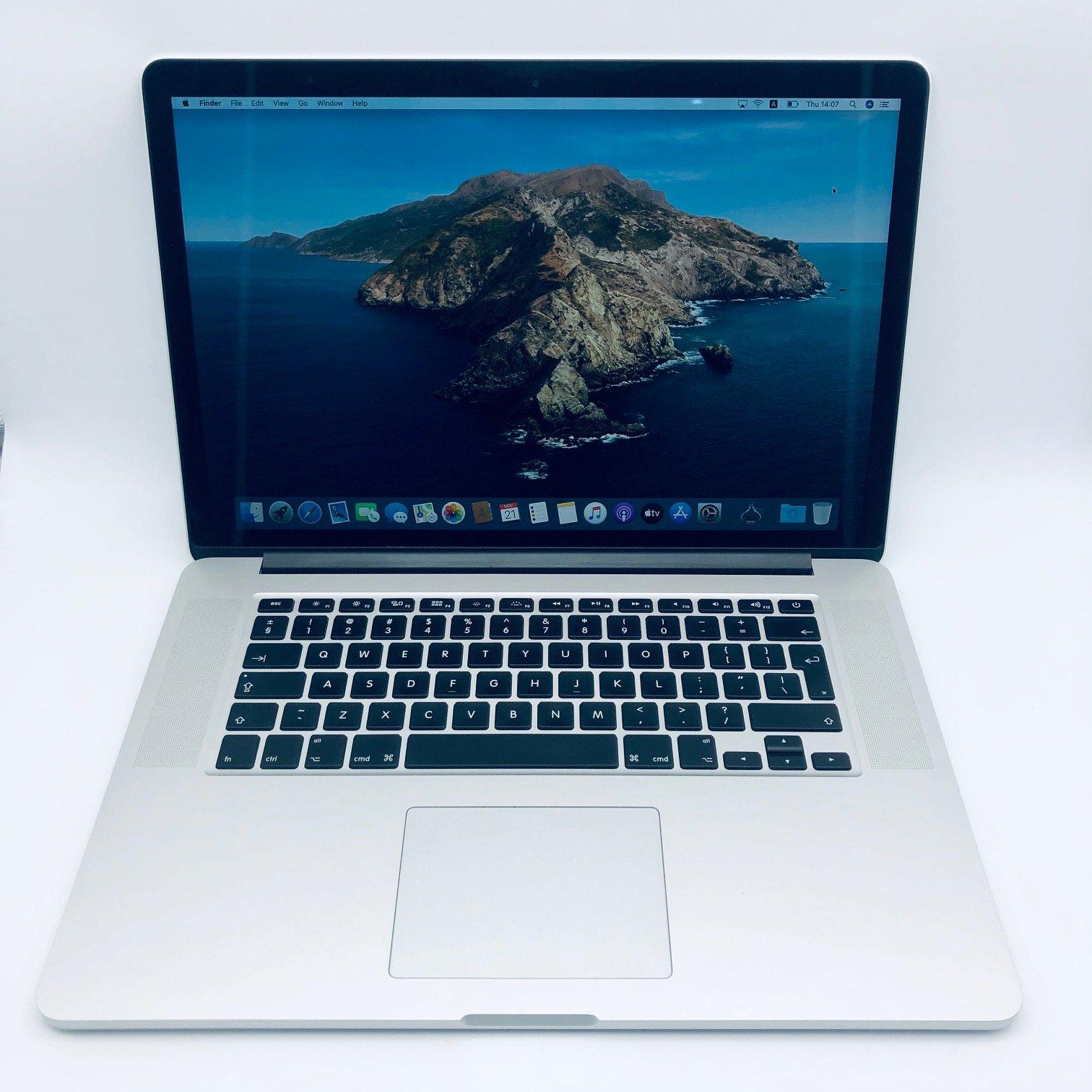Apple MacBook Pro 15-inch 2.6GHz Quad-Core i7 (Retina, 500GB, Silver) - Pre Owned