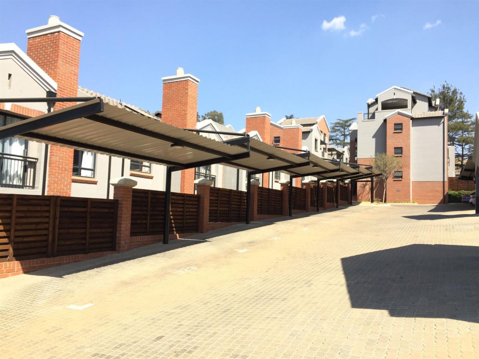 Apartment Rental Monthly in BRYANSTON