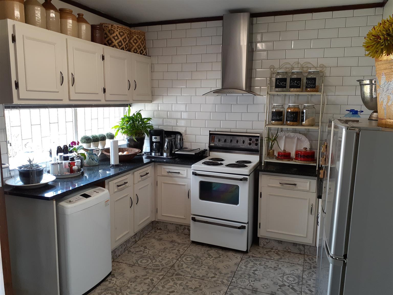 Duplex for sale in Hennopspark