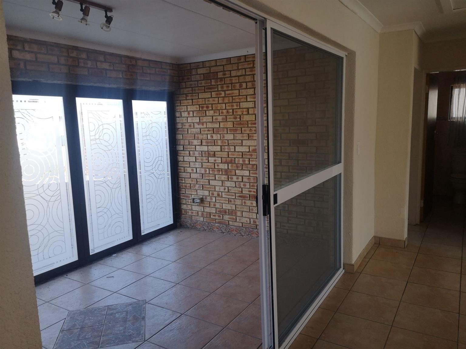 Misty Bay, Vaal Marina Property Liquidation Auction On Site 16 July 2020 SECTIONAL TITLE